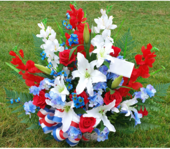 SILK PATRIOTIC BASKET ARRANGMENT - PREMIUM in Arlington VA, Twin Towers Florist