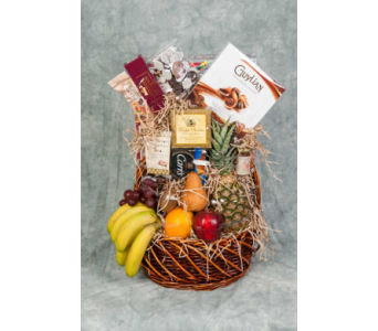 Fruit and Gourmet Basket in Great Neck NY, United Floral