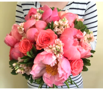 Pinks and Posies in Lakewood CO, Petals Floral & Gifts