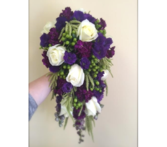 Vinyard Elegance Bouquet in Lakewood CO, Petals Floral & Gifts