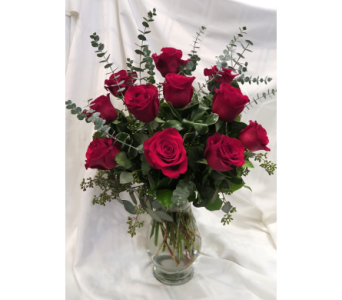 Classic Red Rose Bouquet in Princeton, Plainsboro, & Trenton NJ, Monday Morning Flower and Balloon Co.