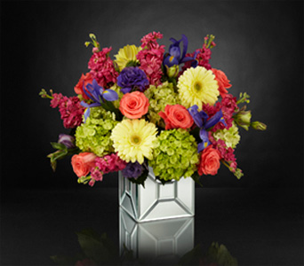 Extravagant Gestures in Baltimore MD, Raimondi's Flowers & Fruit Baskets