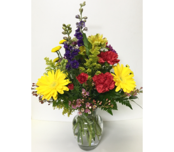Casual Comforts 8 inch Vase - Designed All-Around in Wyoming MI, Wyoming Stuyvesant Floral