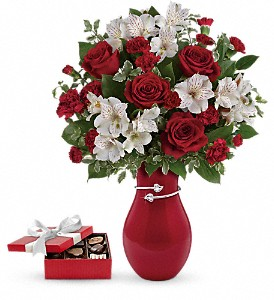 Pair Of Hearts Bouquet with chocolates in Evansville IN, Cottage Florist & Gifts