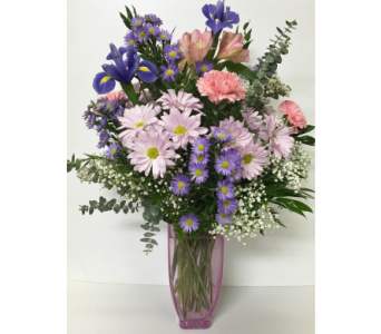 Pastel Traditions Vase - Designed All-Around in Wyoming MI, Wyoming Stuyvesant Floral