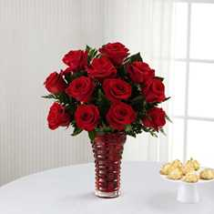 In Love with Red Roses in Camp Hill and Harrisburg PA, Pealers Flowers