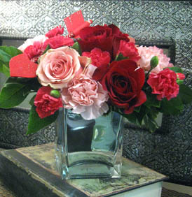 Straight to the Heart in Kennewick WA, Heritage Home Accents & Floral