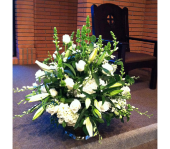 White Elegance in Rancho Santa Fe CA, Rancho Santa Fe Flowers And Gifts