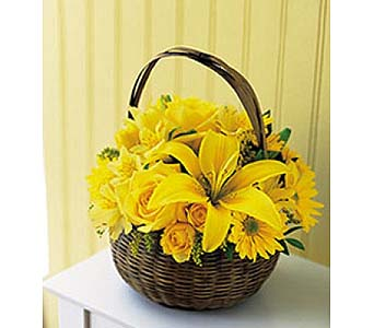 Yellow Flower Basket by 1-800-balloons