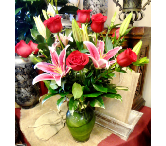 Dozen Red Roses with Stargazer Lilies in Tampa FL, Buds Blooms & Beyond