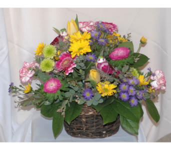 Spring Basket in Hales Corners WI, Barb's Green House Florist