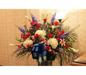 Funeral Basket 11 in Yonkers NY, Hollywood Florist Inc