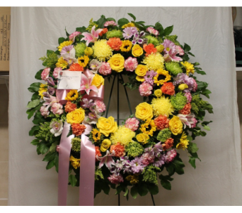 Standing Wreath 6 in Yonkers NY, Hollywood Florist Inc