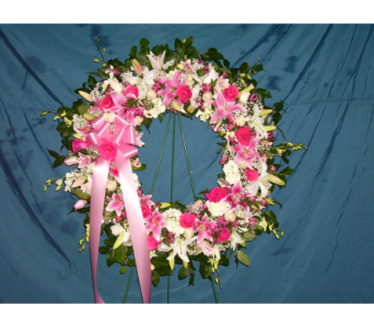Standing Wreath 7 in Yonkers NY, Hollywood Florist Inc