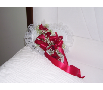 Casket Heart 2 in Yonkers NY, Hollywood Florist Inc