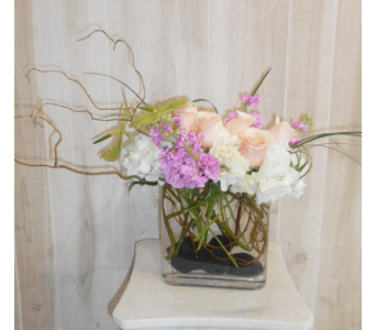W in Dallas TX, Petals & Stems Florist