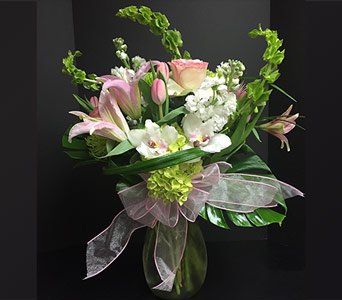 Unconditional Love in New City NY, Bassett Flowers and Gifts
