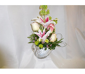Crystal Swan  in Henderson NV, Beautiful Bouquet Florist