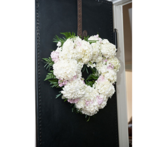 Wreath in Watertown CT, Agnew Florist