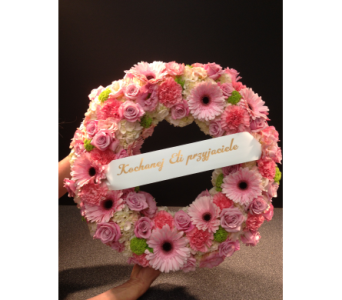 Pink Wreath in Bowmanville ON, Van Belle Floral Shoppes