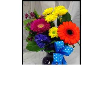 Love you bunches in Vermilion AB, Fantasy Flowers