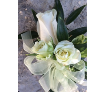 Rose and spray roses corsage  in Markham ON, Metro Florist Inc.