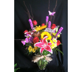 Garden Spring Bouquet in New Iberia LA, Breaux's Flowers & Video Productions, Inc.