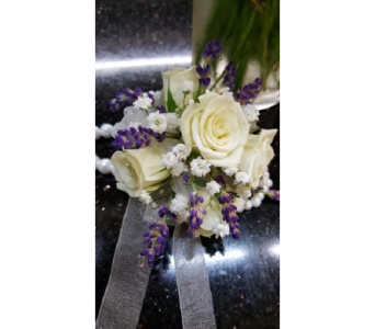 Custom in Loudonville OH, Four Seasons Flowers & Gifts