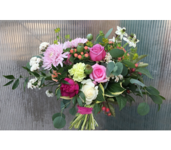 Garden Wedding Flowers in Kennewick WA, Heritage Home Accents & Floral