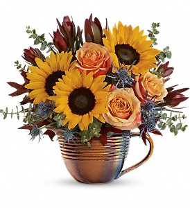 Teleflora's Golden Gratitude Bouquet in Baton Rouge LA, Hunt's Flowers