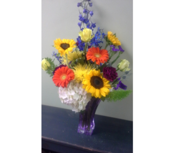 Bold Statement in Fairless Hills PA, Flowers By Jennie-Lynne