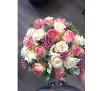 Elegant Roses in Lakewood CO, Petals Floral & Gifts