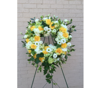Fresh Wreath Shades of Yellow and White in Memphis TN, Le Fleur
