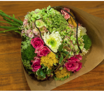Martha�s Vineyard Artisan Hand Tied Bouquet  in Merrick NY, Feldis Florists
