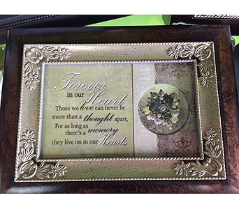 Music Box in Brownsburg IN, Queen Anne's Lace Flowers & Gifts