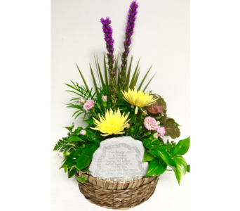 Family Chain Planter with Fresh - 11 inch basket in Wyoming MI, Wyoming Stuyvesant Floral
