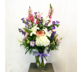 pastel vase for her in Wellington FL, Wellington Florist