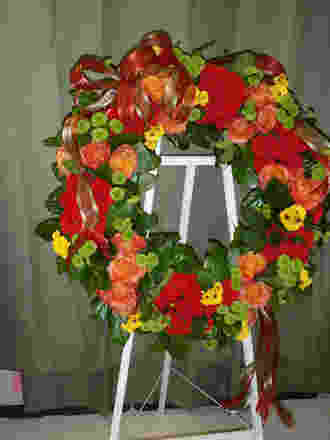 Sympathy Williamsburg Wreath in Columbia TN, Doris' Flowers & Gifts