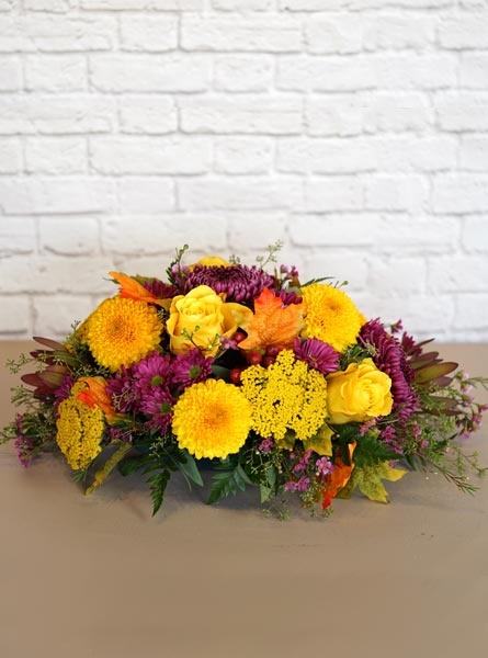 Golden Sunset Centerpiece in Arlington Heights IL, Sylvia's - Amlings Flowers
