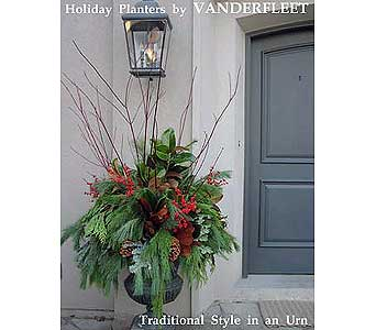 Traditional Holiday Planter in Etobicoke ON, VANDERFLEET Flowers