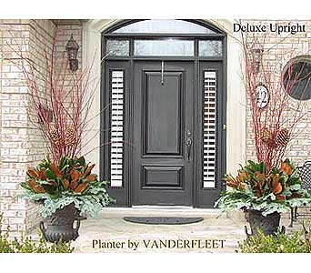 Deluxe Upright Holiday Planter in Etobicoke ON, VANDERFLEET Flowers