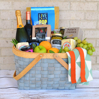 Lakeside Picnic Gourmet Gift Basket in Dallas TX, Dr Delphinium Designs & Events