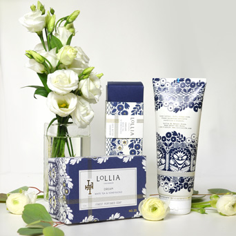 Be Lovely Flowers and Fragrance Set in Dallas TX, Dr Delphinium Designs & Events