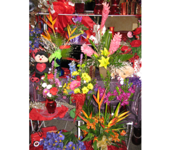 Seasons Best in Bismarck ND, Dutch Mill Florist, Inc.