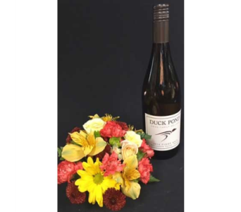 Duck Pond Pinot Gris n Flowers in Portland OR, Portland Florist Shop