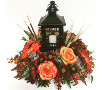 Grand Gazebo Lantern in Floral Centerpiece in Wyoming MI, Wyoming Stuyvesant Floral