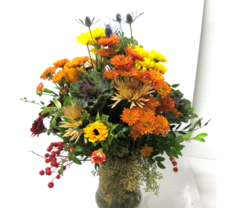 Buffet Vase in Worcester MA, Holmes Shusas Florists, Inc