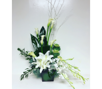 Sympathy Elegance in White and Green in Wyoming MI, Wyoming Stuyvesant Floral
