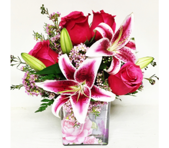 Hot Pink Garden Cube Arrangement - 4x4 Glass Cube in Wyoming MI, Wyoming Stuyvesant Floral