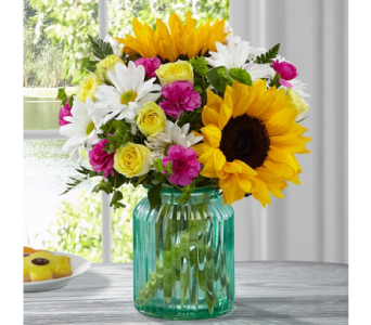 The FTD� Sunlit Meadows� Bouquet by Better Homes a in El Paso TX, Executive Flowers